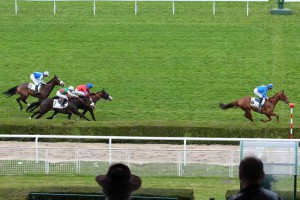 MARYPOP wins flat Listed Race in Saint Cloud (FR)